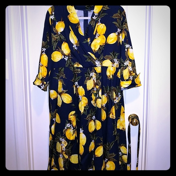 Dresses & Skirts - Retro vintage style lemon dress